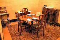 Picture of Churchills private dining room in the Cabinet War Offices