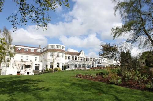Picture of Bromley Court Hotel