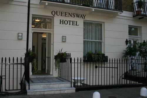 Picture of Queensway Hotel