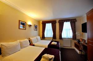 Picture of Quadruple Room (5 persons)