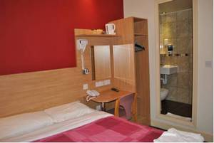 Picture of Double Room with private toilet and shower