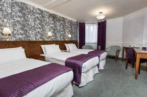 Picture of Crown Triple Room