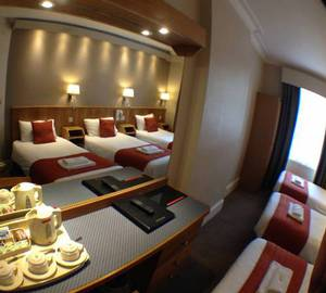 Picture of Basic Triple Room
