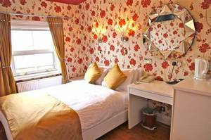 Picture of Double Room with 15 Days Parking