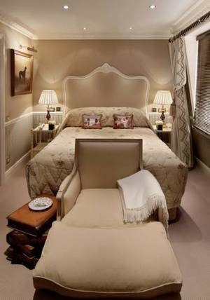 Picture of Deluxe Queen Room