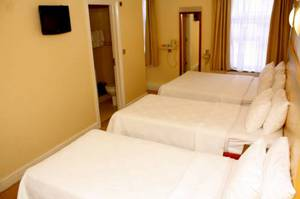 Picture of Standard Quadruple Room