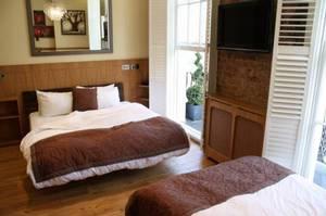 Picture of Quadruple Room