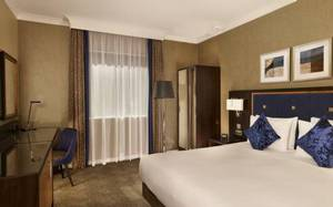 Picture of Queen Room - Mobility Accessible