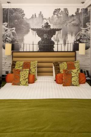 Picture of Standard Queen Room