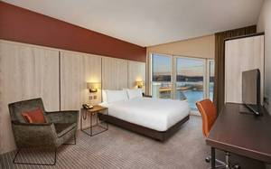 Picture of Deluxe Accessible Twin Room with View