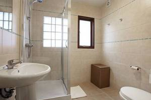 Picture of Triple Room with Shared Bathroom