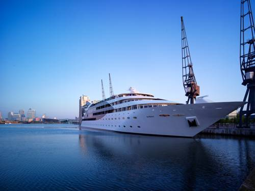 Picture of Sunborn Yacht Hotel