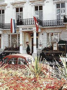 Picture of Tria Hotel